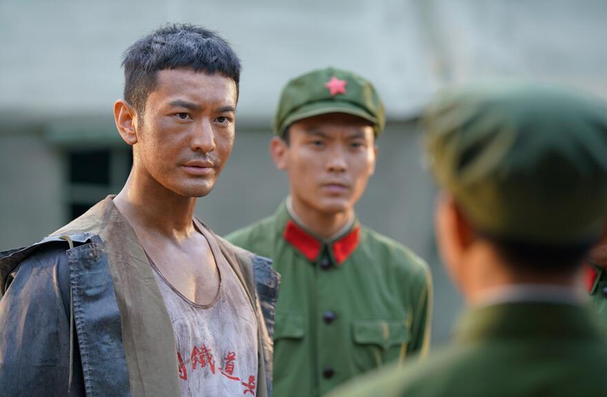 《你迟到的许多年》收官 黄晓明感谢与沐建峰相遇