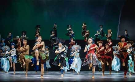 大型原创民族舞剧《花界人间》饮誉京城
