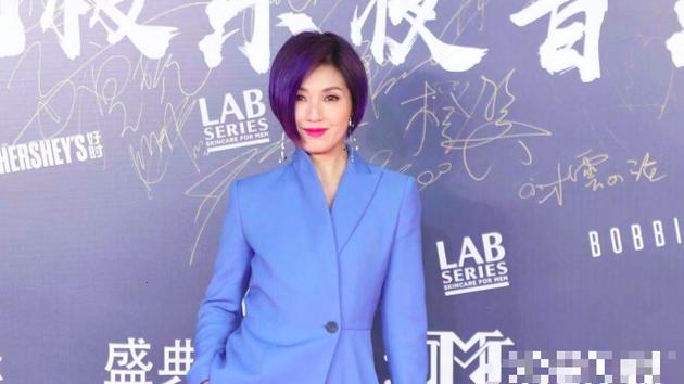 杨千嬅自曝喜欢凤凰传奇:明年巡演可能唱他们的歌