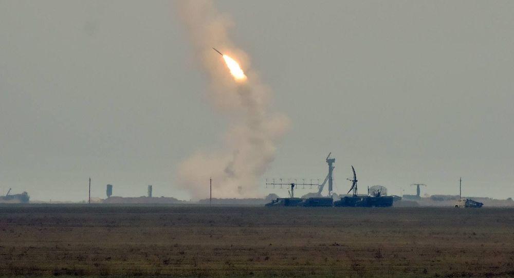 乌克兰在与克里米亚接壤地区发射导弹 俄方淡定