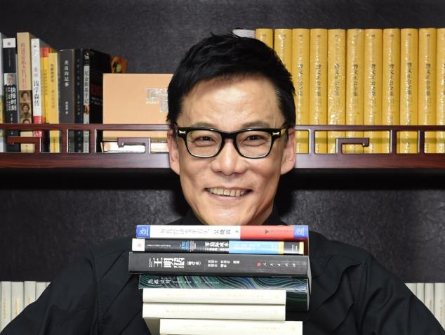 """李国庆获""""改革开放40年图书发行致敬影响力人物"""""""
