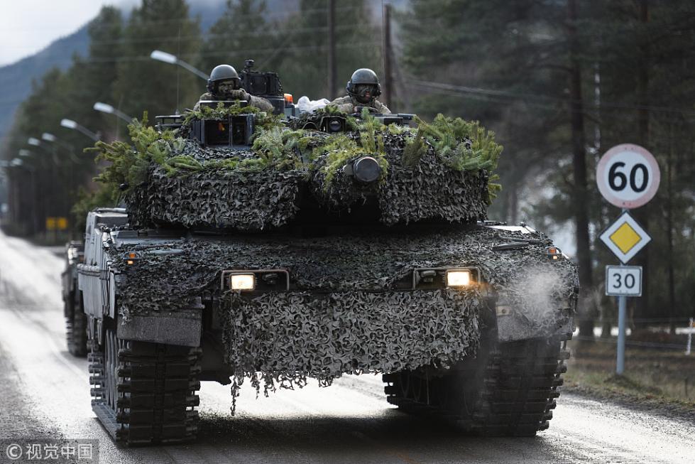 北约冷战后最大军演突发意外:坦克撞军车 4人受伤