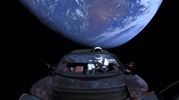 SpaceX发布Roadster太空超跑最新坐标
