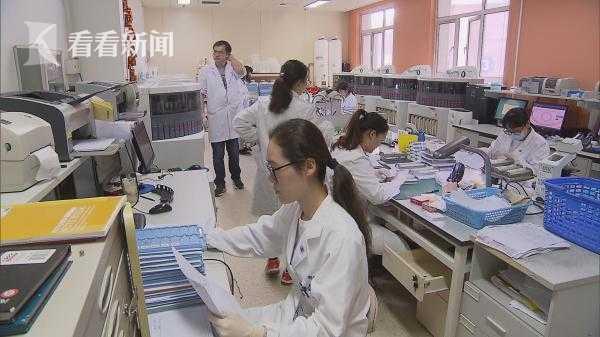 进口博览会医疗器械馆展品投入上海三甲医院使用