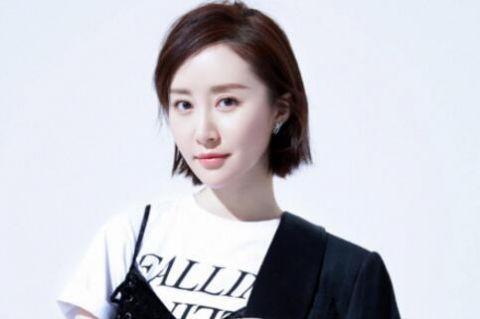 娱乐圈中没有绯闻的女星,刘亦菲上榜,她连狗仔队都服