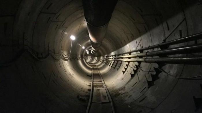 """马斯克的""""神奇隧道""""年底让美国公众免费通行"""