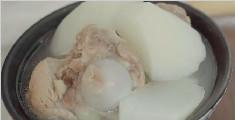 教您制作润肺又降燥的猪骨汤