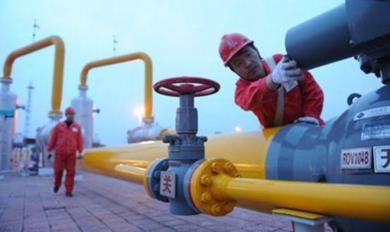 """天然气产供储销模式再创新 """"南气北送""""首次实现LNG罐箱运输"""