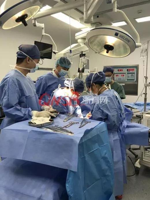 16 岁女孩卵巢破裂,打开腹腔医生惊呆了!
