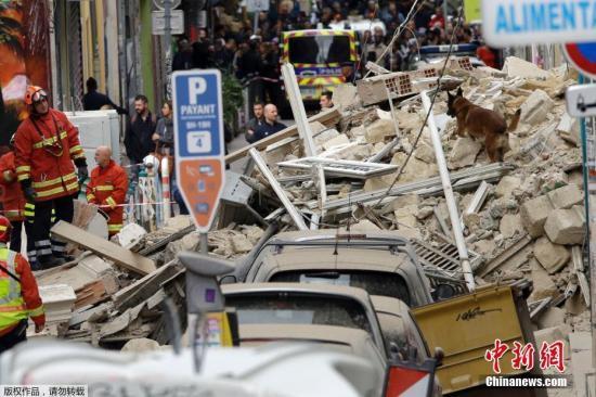 法国马赛楼房倒塌已致4人丧生 仍有多人下落不明