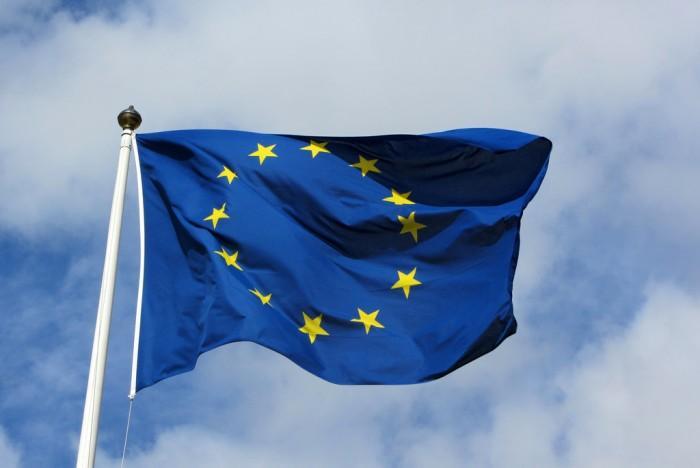 因三个国家的关系 欧盟暂搁浅数字服务税计划