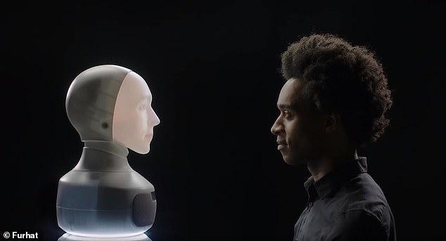 AI社交机器人可自主变化面容 会讲30多种语言