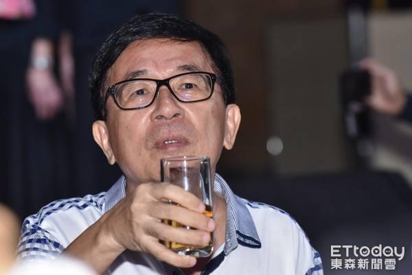 陈水扁忧痛殴他的男人当选:难道要再北漂?台网友为其指明去路
