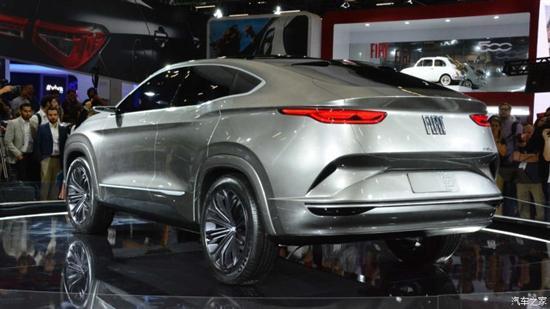 菲亚特Fastback Concept轿跑SUV概念车后尾