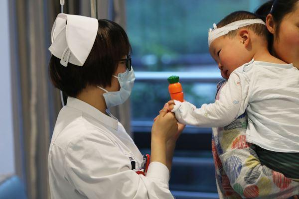 美敏伪麻溶液注销 儿童药说明书三年修改过百