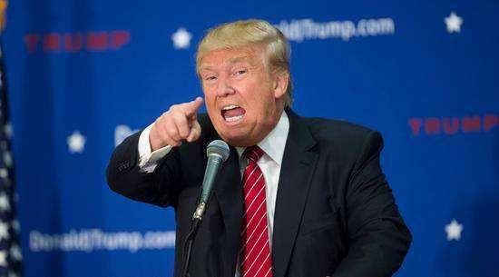 """特朗普发怒将CNN记者赶出白宫,有人感叹:从没见过这样的""""大场面"""""""