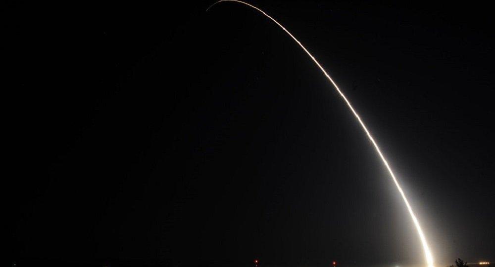 """美军再次试射""""民兵3""""洲际弹道导弹 7月曾失败"""