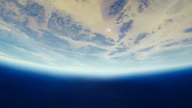 """环保举措生效了?南极上空那个大洞正在""""愈合"""""""