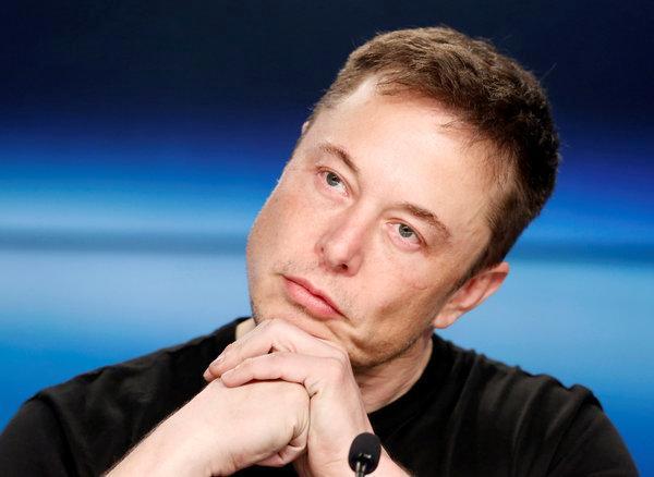 马斯克称完全自动驾驶汽车明年上路:领先任何对手