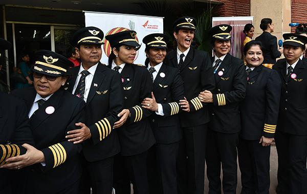 国际女性飞行员协会最新调查:印度女性飞行员比率全球最高