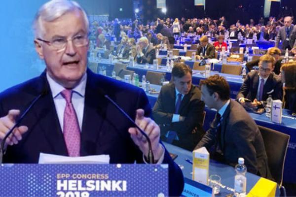 欧盟官员演讲没人听 默克尔直接离场 还有人聚众拍照