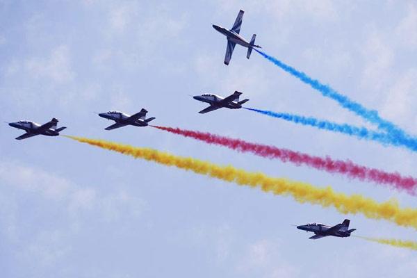军事专家详解中国航展空军装备四大看点