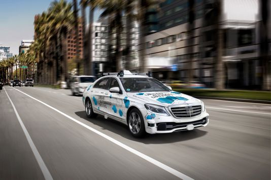 戴姆勒与博世合作 在加州圣何塞提供自动驾驶服务