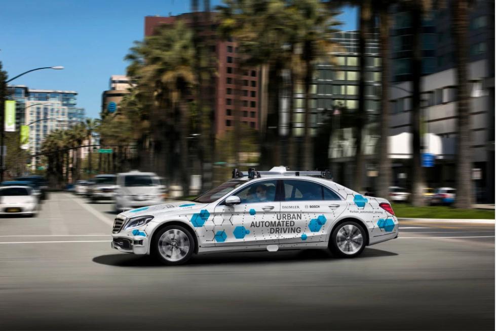 博世与戴姆勒联手在硅谷试点无人驾驶出租车服务
