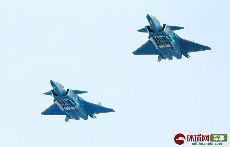 歼20四机编队在世界航展中尚属首次 超越F22苏57