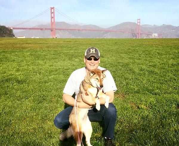 美市长带患癌狗狗环美旅行 在其生前留下美好回忆