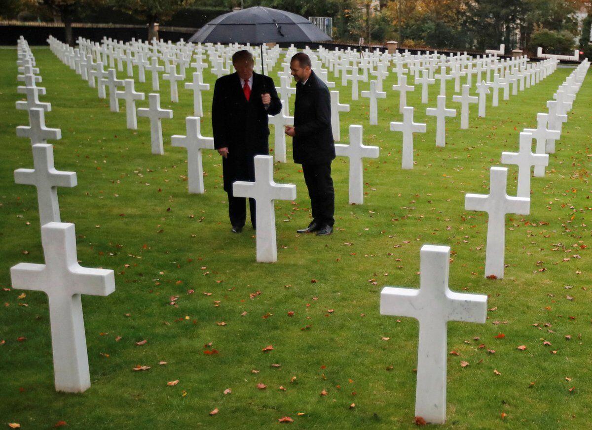 批评声之下,特朗普冒雨前往另一处一战美军公墓致敬阵亡士兵