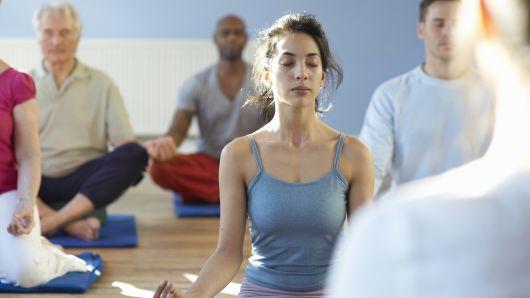 越来越多美国人爱上正念练习 以寻求减压