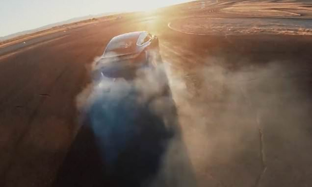 """特斯拉Model3 性能版推出""""赛道模式""""可免费升级"""