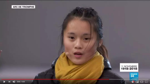 "chaoxian 法媒:100年后,华裔少女凯旋门下朗读""被遗忘""的日记"