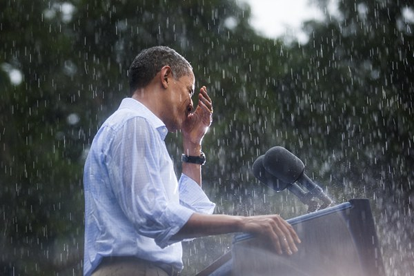 网友晒多位政要淋雨照狂吐槽