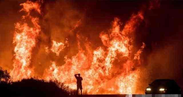 美国加州大火致死人数上升到42人 特朗普批准发布灾难声明