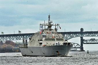 美国最新一艘自由级濒海战斗舰抵达基地