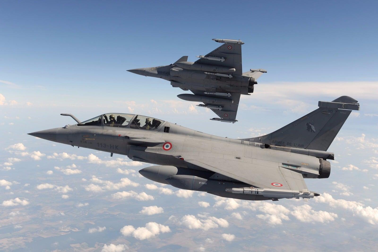 印度担忧阵风战机交易被拖延 还没装备就落后