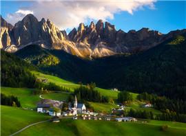 多洛米蒂:阿尔卑斯的后花园