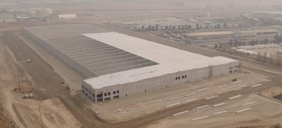 特斯拉在加州北部建巨大建筑 或是大型配送中心