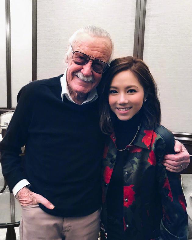 邓紫棋发文悼念斯坦·李:遇见你实在是我的幸运