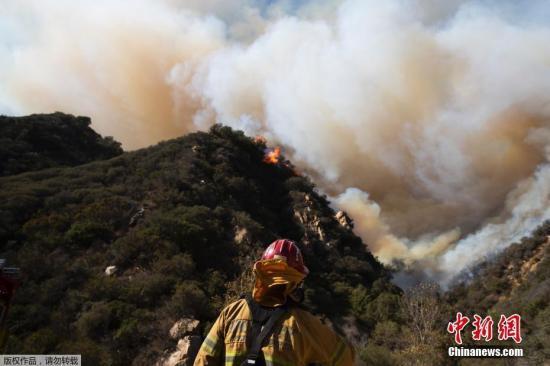 """美加州再添2处新起火点 专家:气候变迁是""""帮凶"""""""