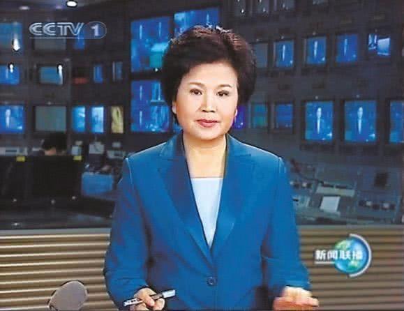 央视前一姐邢质斌现状曝光,为富豪主持寿宴,为商家录制拜年视频