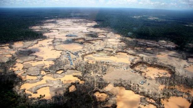 科学研究显示黄金开采正在破坏秘鲁的热带雨林
