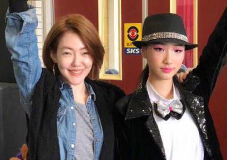 小S炫耀女儿获第一名