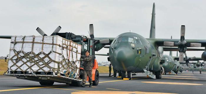 韩国送朝鲜200多万元橘子 用大力神军机运4趟