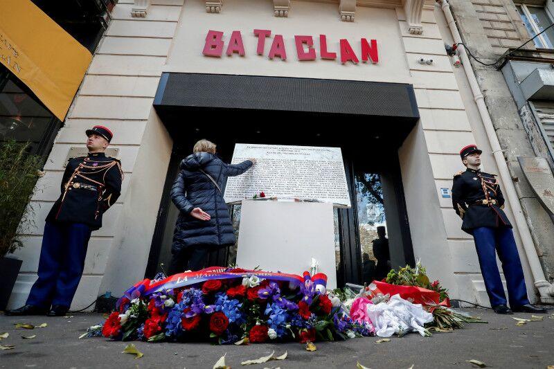 """巴黎""""11•13""""恐袭3周年祭 法国仍面临极端组织威胁"""