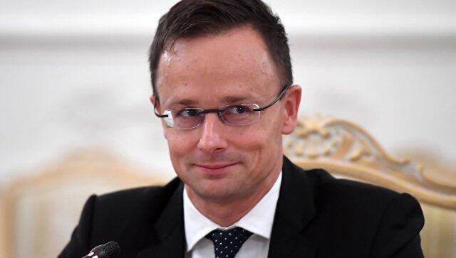 匈牙利外长:欧盟应当恢复与俄罗斯之间的贸易关系