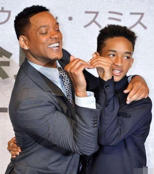 威尔史密斯儿子宣布出柜,演唱会上公开示爱男友