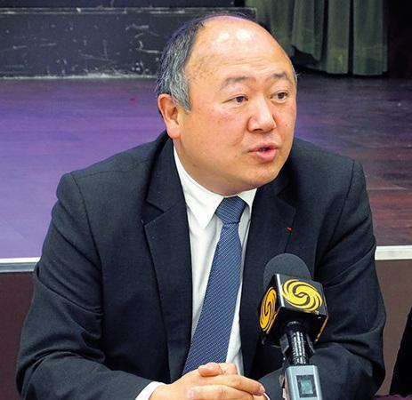 """法媒:法国华人议员谈华埠建""""赌场"""" 对安全问题做出解释"""